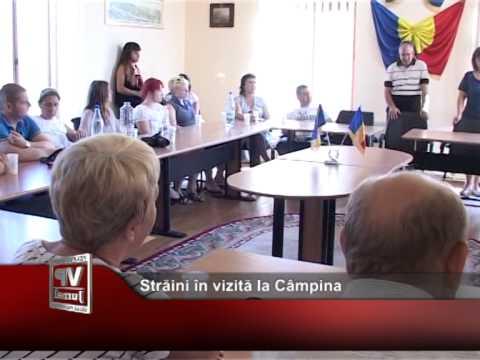 Străini în vizită la Câmpina