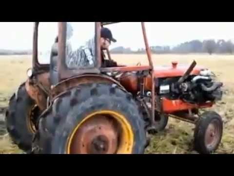 un trattore diverso da tutti gli altri, incredibile!