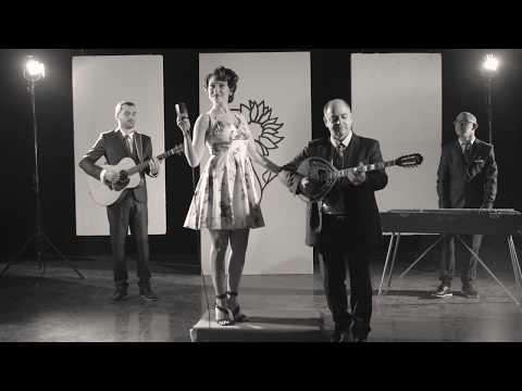 Video - Αμέσως μετά τη κυκλοφορία του album τους, έρχεται και το πρώτο video clip για τους Les Au Revoir!