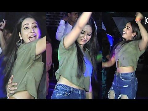 Asha Negi Hot DRUNK DANCE At Private Party 2017