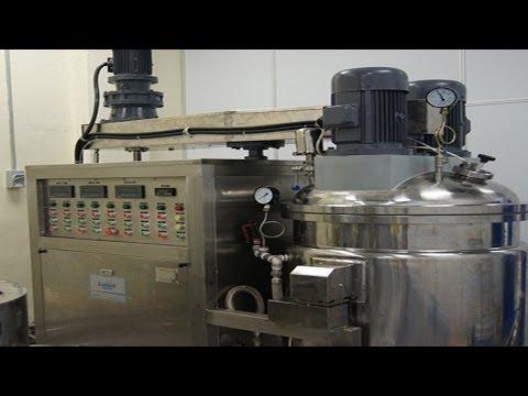 Vacuum emulsifier top homogenizer cream manufacturing 100L cosmetic medical cream processing machine