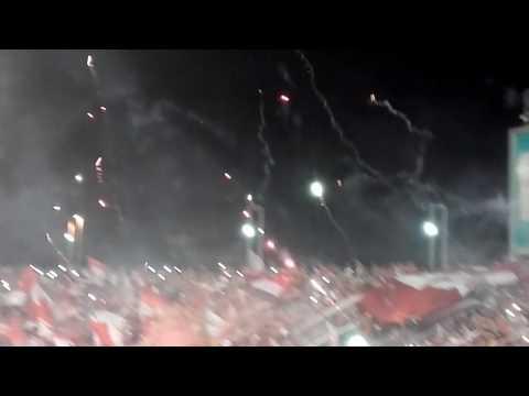 Independiente racing entrada hinchada de el rojo - La Barra del Rojo - Independiente