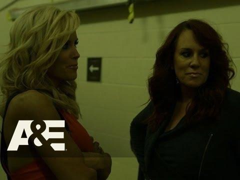 Donnie Loves Jenny: Bonus Scene - Jenny and Jojo Chat Backstage (Season 2, Episode 3)   A&E