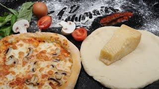 10 Numara Mutfak'ta bugün tüm dünyanın en sevdiği yemeklerden pizza tarifiyle karşınızdayız.Malzemeler:-500 gr un-325 ml su-1 paket kuru maya-1 çay kaşığı zeytinyağı-Tuz-Domates rendesi-Parmesan peyniri-Mozzarella peyniri-Fesleğen