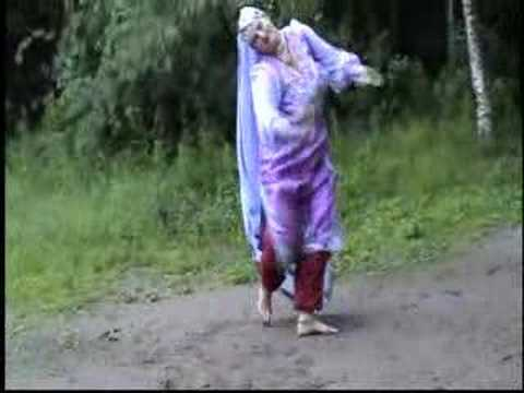 Урок индийского танца. Педагог Кайра