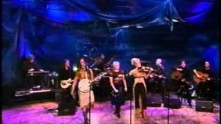 "Download Lagu Dixie Chicks - ""Cowboy Take Me Away"" (Live) - Tonight Show - 2000 Mp3"