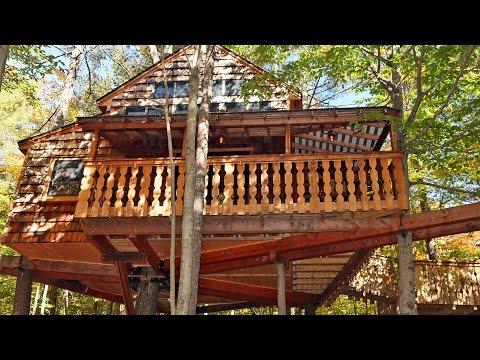 Tiffany Hill Treehouse: Vacation Rental in New Hampshire