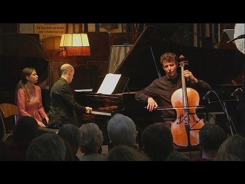 Berlin'in eski tramvay garı ''Christophori Piyano Salonu'' oldu