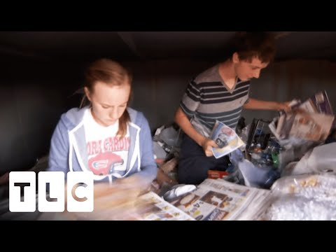 "Coupon Kid Saves $984 Thanks To ""Dumpster Diving"" Technique 