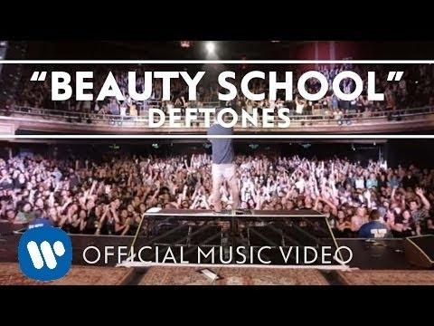 Deftones -