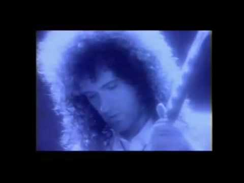 Queen - Thank God Its Christmas