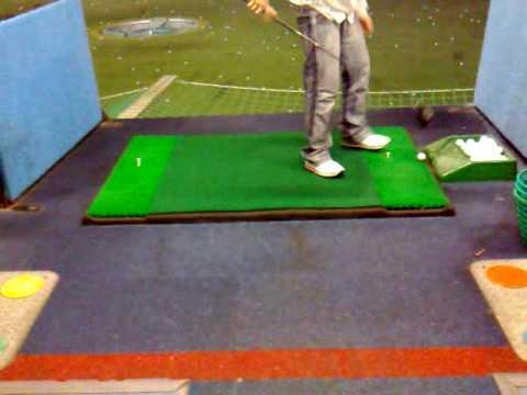 Funny Golf, Stupid Wayne !! Playing Golf at Topgolf