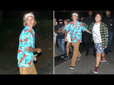 Justin Bieber Feeling Festive As He Mingles With Fans At Hollywood Bowl