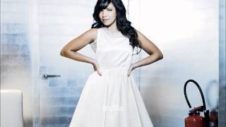 Indila SOS Lyrics