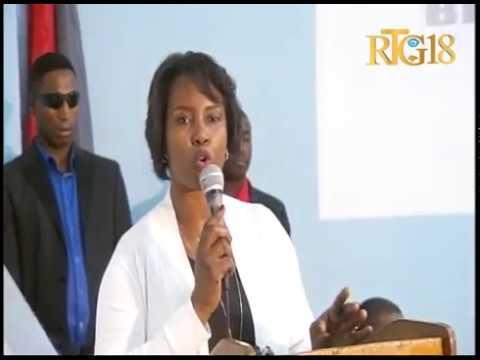 La première dame de la République d'Haïti, Martine MOISE a visité la maternité Isaïe Jeanty.