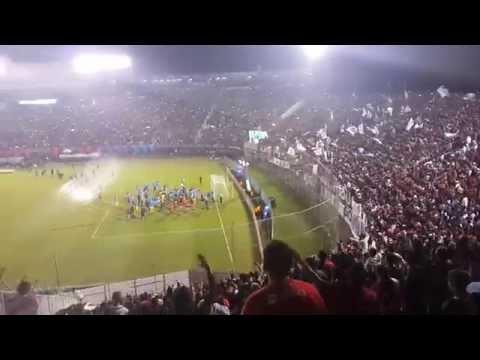 Jugadores festejando con la hinchada el Apertura 2015 (CERRO EN HD) Cerro Porteño 2-2 Rubio ñu - La Plaza y Comando - Cerro Porteño