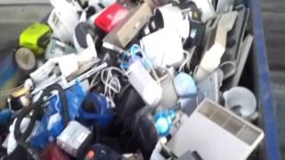 Свалка электро-бытовой техники в Европе