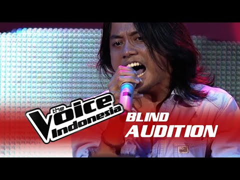 "Nayl Author ""18 And Life"" I The Blind Audition I The Voice Indonesia 2016"