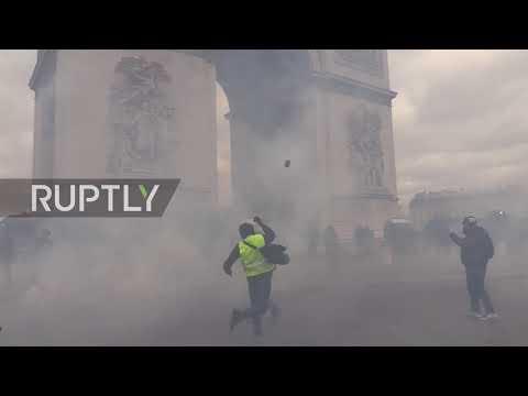 Video - Γαλλία: Ο Macron εξετάζει την απαγόρευση διαδηλώσεων στα Ηλύσια Πεδία