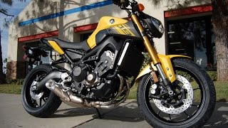 10. 2015 Yamaha FZ-09 Cadmium Yellow