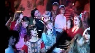 Toto je československá singlová hitparáda roku 1982.Sledujete pořadí na 40. - 31.místě.