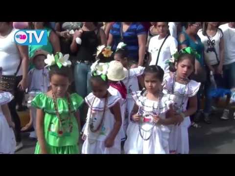 Realizan desfile patrio con estudiantes de Preescolar en Granada