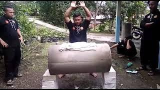 Video Tapak Geni memecah Gorong gorong  #silatpartisankumbangmalam MP3, 3GP, MP4, WEBM, AVI, FLV Mei 2019