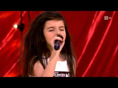 7 year old girl sings like a weary soul in Norway's Got Talent