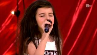 Amazing 7 Year Old Girl Sings Gloomy Sunday/Billy Holiday