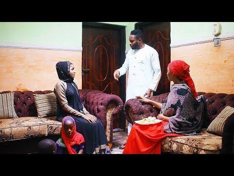 gidana gidan kyawawan mata da yara ne - Nigerian Hausa Movies