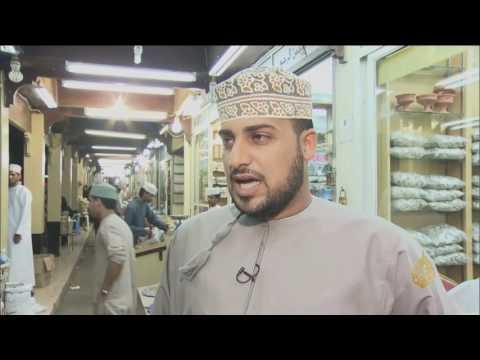 العرب اليوم - شاهد: سوق الحصن مكان  خصص للمنتجات المحلية