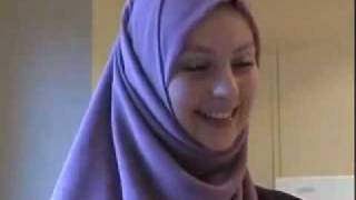 Australian Girl Mashallah Reverted to ISLAM