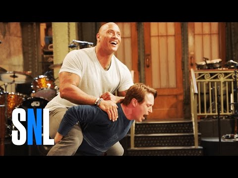 Dwayne Johnson Carries the Entire SNL Cast on His