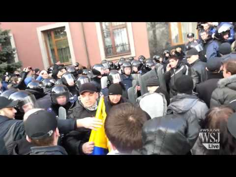 Pro-Russian Protestors Seize Government Building