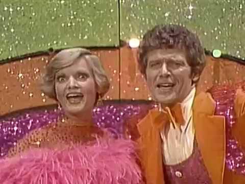1969-70 Television Season: The Brady Bunch (Variety Hour 1976)