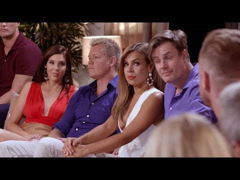 Dean reveals the texts that Tracey sent him | Married at First Sight Australia 2018