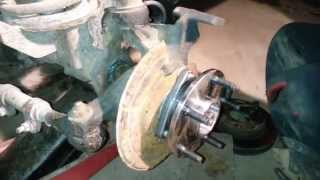 Video 1998 Dodge RAM 1500 - Bearing & U-Joint Replacement MP3, 3GP, MP4, WEBM, AVI, FLV Juni 2018