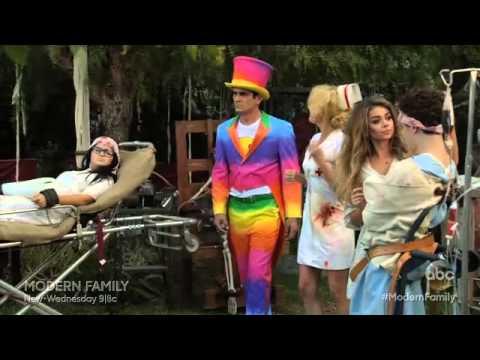 Modern Family 6.06 (Clip)