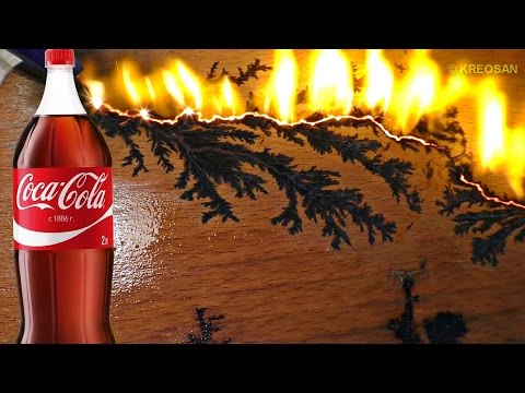 Узоры молнии своими руками из Кока-Колы и микроволновки