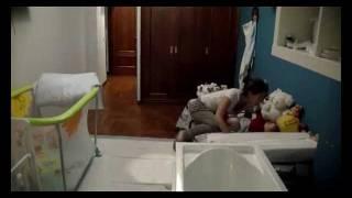 Baño a un bebe en Time-Lapse