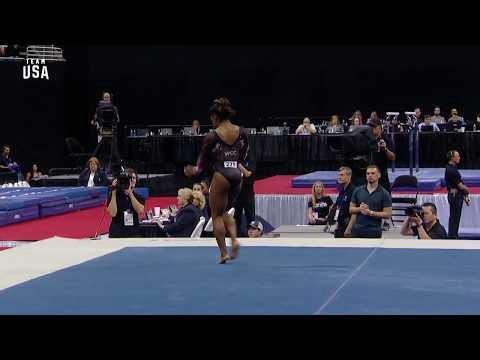 """Гимнастка впервые в истории выполнила невероятный прыжок, """"нарушив все законы физики"""""""