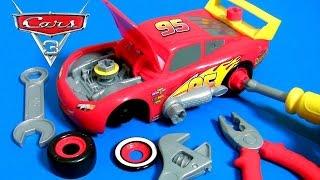 Video CARS 3 Race Ready Take Apart Lightning McQueen Toy Transforming Tool Kit Center 2017 Disney toys MP3, 3GP, MP4, WEBM, AVI, FLV Mei 2017