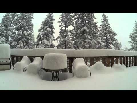 Four Feet of Snow Time Lapse in Evergreen Colorado - April 2016