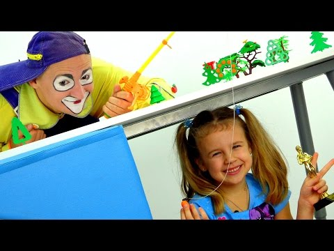 New funny videos. Fishing with Clown Andrew Смешное видео для детей. Клоун Андрей и Ксюша на рыбалке (видео)