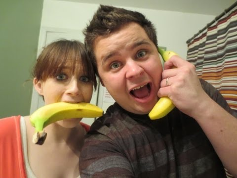 NO HANDS BANANA CHALLENGE – March 6, 2013 – dailyBUMPS