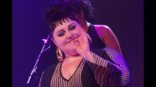 """BETH DITTO: """"Clouds"""" live in Italy - """"Fake Sugar Tour"""""""