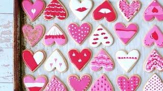 Kekse für den Valentinstag verzieren