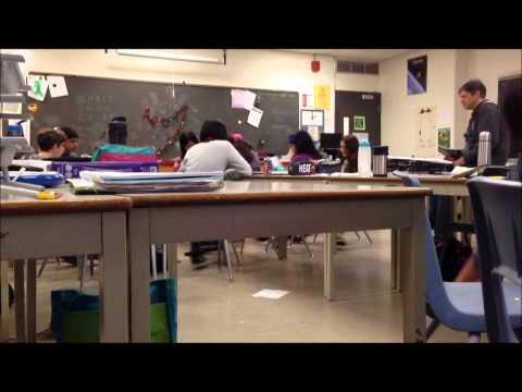 上課到一半學生們突然同時倒下?!老師愣住之後說了#$*&$)!@(#*....