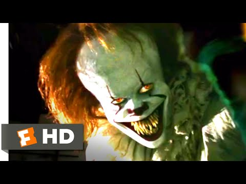 It (2017) - Pennywise Projector Scene (7/10) | Movieclips