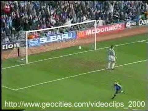 Funny Videos - Sports Bloopers - the stupid soccer goal